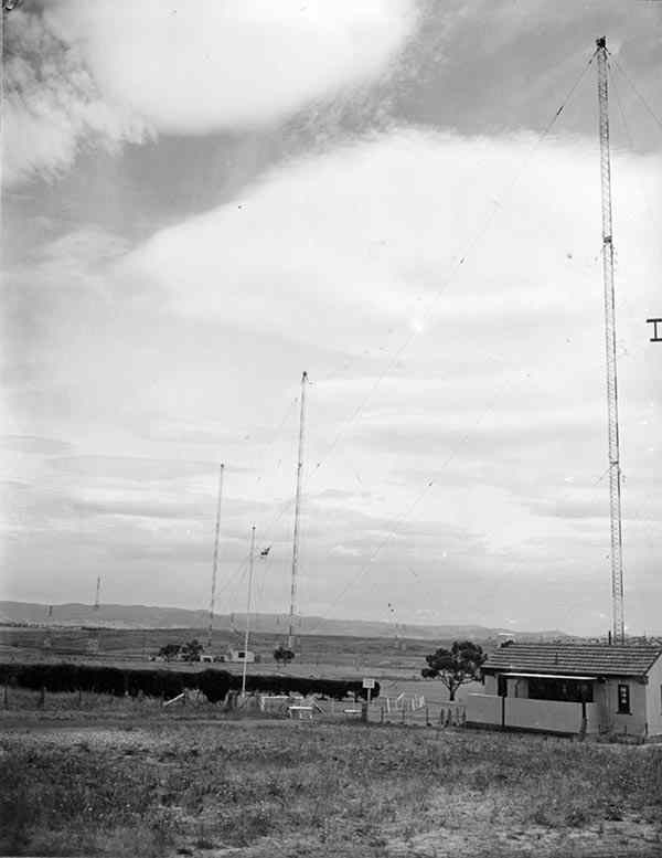 belconnenmasts1951.jpg